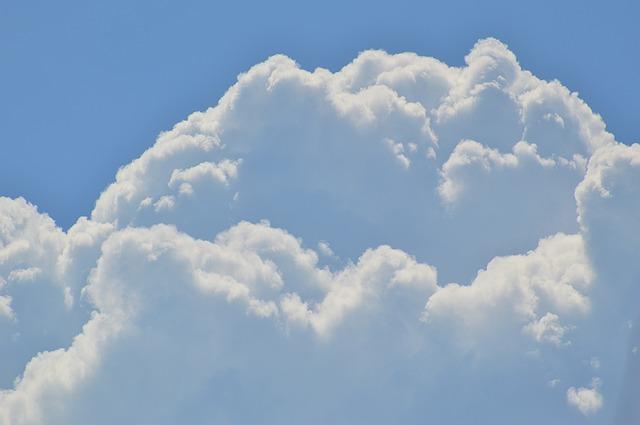 cumulus-clouds-1526262_640
