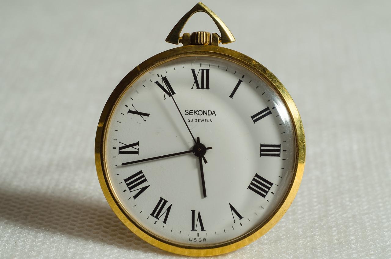 clock-1541213_1280