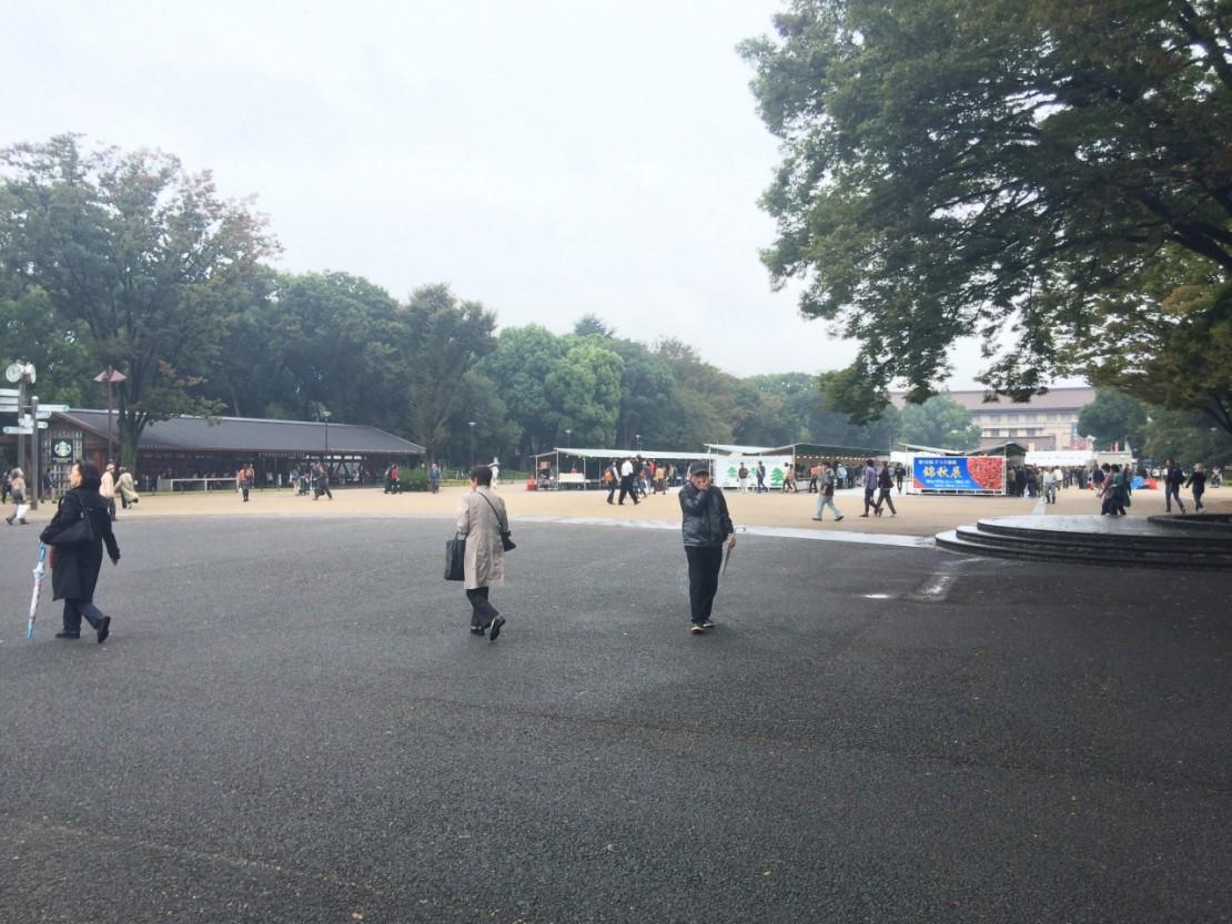 上野のスタバ