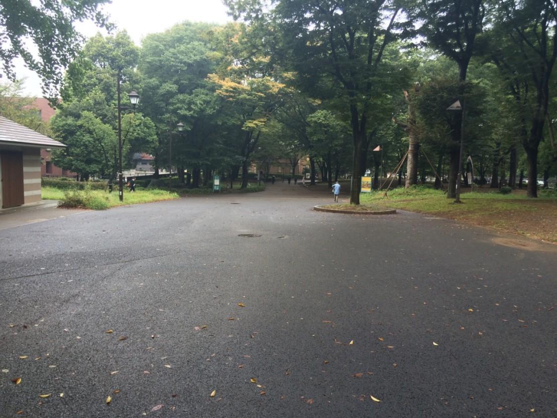上野公園 直進