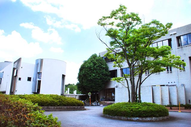 Kyoto_City_University_of_Arts-2.jpg
