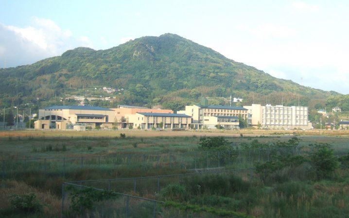 Nagasaki_International_University_201005-1.jpg