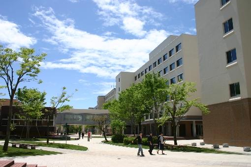 campus1_1.jpg